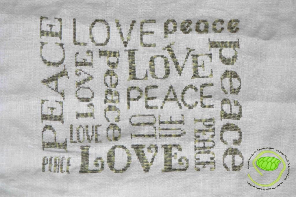 Etape 6 et fin : broderie Peace & Love