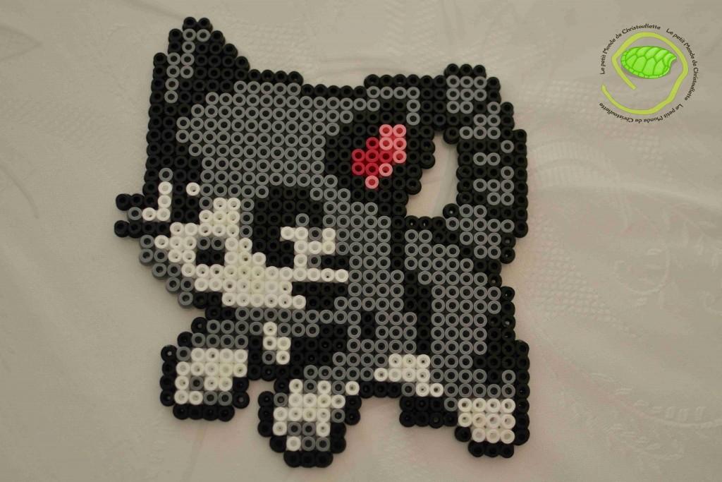 chat gris en Hama de Christouflette