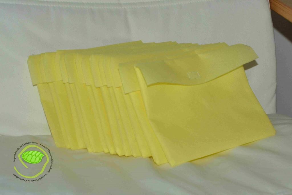 15 pochettes en tissu non tissé