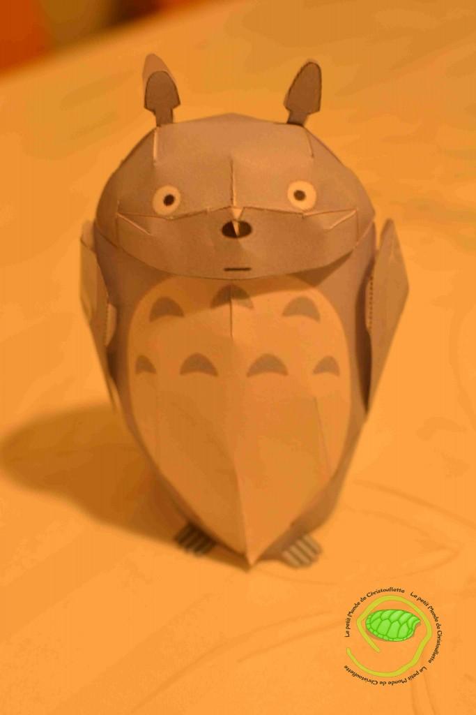 Un Totoro en papier